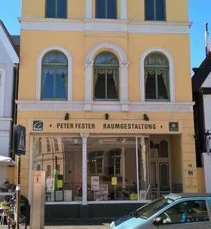 Nettes kleines Ladenlokal in guter Lage der Innenstadt! Große Schaufensterfront!