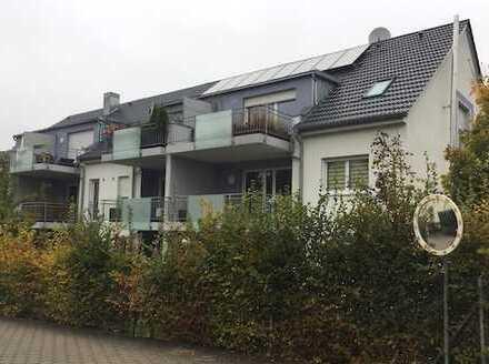 Stilvolle, neuwertige 3-Zimmer-Erdgeschosswohnung mit Balkon und EBK in Garching bei München