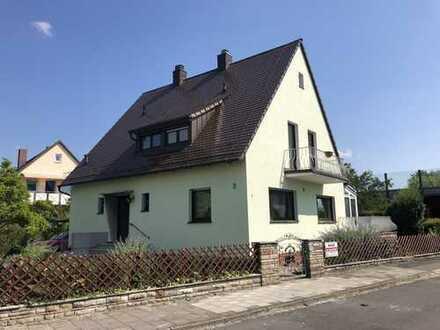 Ab sofort: Wunderschönes Einfamilienhaus mit Garten und idealer Anbindung nach Erlangen