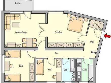 Wohnen mit Aussicht: Geräumige 4 Zimmer Wohnung mit Balkon