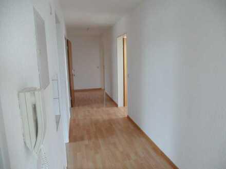 Sehr schöne und helle 4,5 Zimmer Dachgeschoss-Wohnung