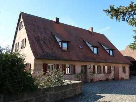 Einzigartige Landhaus im Knoblauchland-Nürnberg-Kraftshof warte auf ein neue Eigentümer