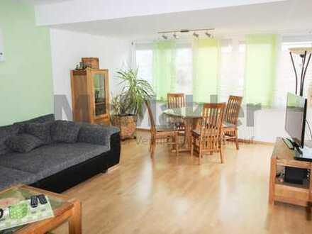 Zentrumsnah in Herxheim +++ Helle, renovierte Maisonettewohnung mit Dachterrasse und Loggia