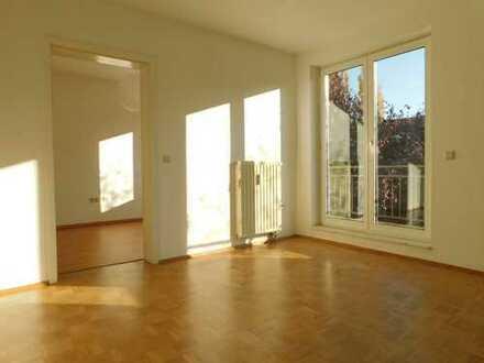 Charmante 2-Zimmer-Wohnung mit Balkon und Einbauküche