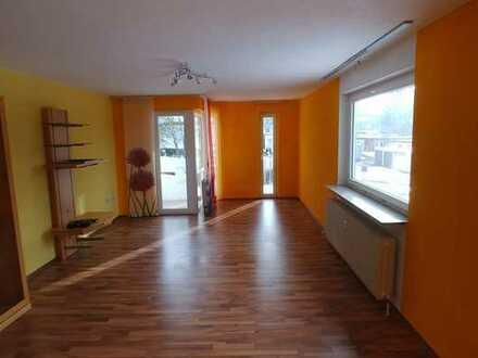 Gepflegte 5-Zimmer-Wohnung mit Balkon und Einbauküche in Spaichingen