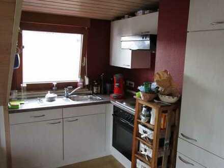 Gepflegte Dachgeschosswohnung mit 44 Zimmern in Besigheim