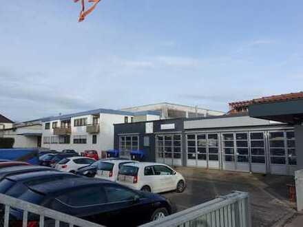 Autohaus mit Werkstatt und Werkswohnung