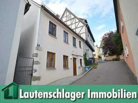 Charmantes Stadtdomizil! Geräumiges EFH in ruhiger zentrumsnaher Lage von Velburg