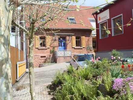 Schönes wohngemütliches Landhaus mit Innenhof in 67305 Ramsen, 20 Min. von KL. 30 Min nach MA (A6)