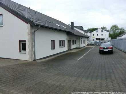 FREI-stehender Büro-Gewerbe-Komplex auf ca. 1.050 m² Grundstück in Leverkusen-Quettingen