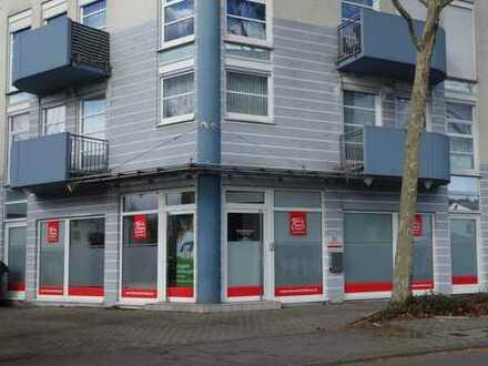 Dillingen, top Ladenlokal-Büro-Service, große Schaufensterfront, schwellenfrei in exponierter Lage