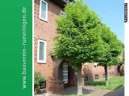 Gemütliche Zwei-Zimmer-Dachgeschosswohnung mit schönem Ausblick!