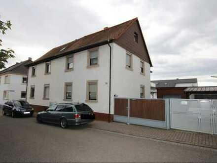 Doppelhaushälfte in Nussloch zu verkaufen.