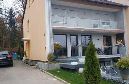 Schöne fünf Zimmer Wohnung mit großem Garten, Nähe zum RE/RB in Petershausen