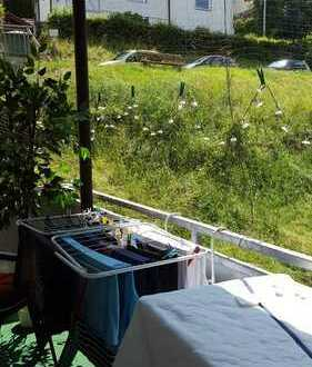 Helle 3-Zimmer-Wohnung mit Balkon am Waldrand gelegen