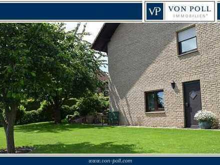 Baunatal-Großenritte: Großes Haus mit Doppelgarage und pflegeleichtem Grundstück