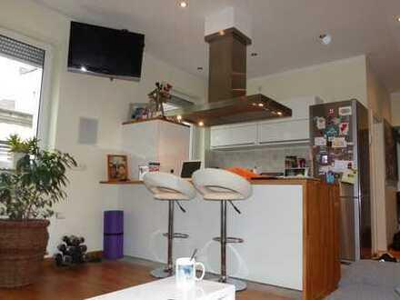 Voll möblierte HIGH END Wohnung in Krefeld Cracau von PRIVAT