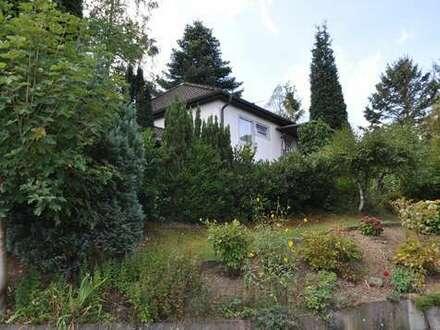 Kreuztal Ferndorf, gemütliches Einfamilienhaus mit Garten, Garage und sinnvoller Aufteilung