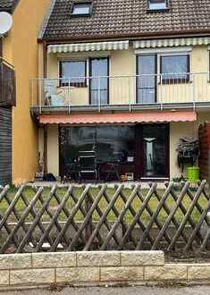 Platz für die ganze Familie-Reihenmittelhaus mit Garten u. Garage