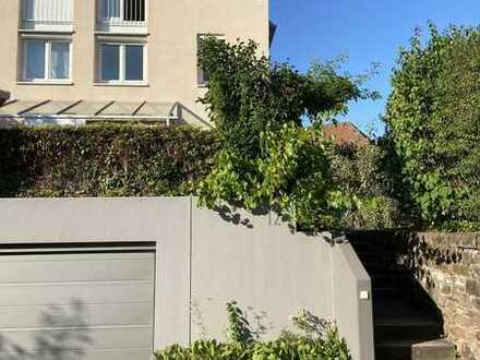 Familienidylle: Befristetes Wohnen in bester Innenstadtlage in Ettlingen