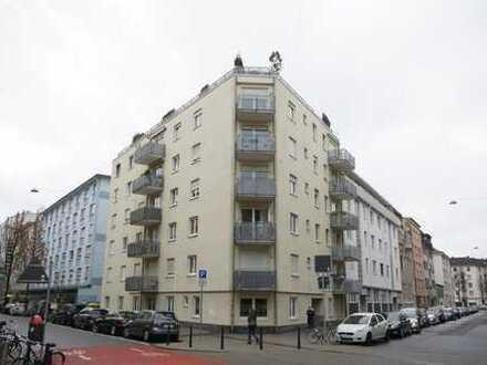 Seniorengerechte und barrierefreie  2-ZKB-Eigentumswohnung mit Balkon in Top-Lage