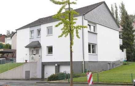 DO - Bennighofen - Ein traumhaft schönes, gepfl., freistehehendes Zwei- bis Dreifamilien Haus