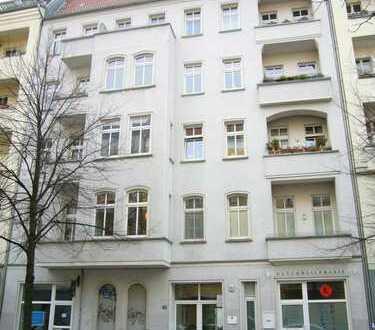 Zwischen Frankfurter Tor und Comeniusplatz: vermietete 2-Zimmer-Altbauwohnung