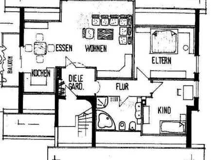 Gepflegte Dachgeschosswohnung mit drei Zimmern sowie Balkon und Einbauküche in Weibersbrunn