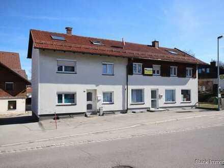 Ideal für Kapitalanleger! Mehrfamilienhaus mit 14 x Zimmern, Stellplätze und Terrasse - in Kempten
