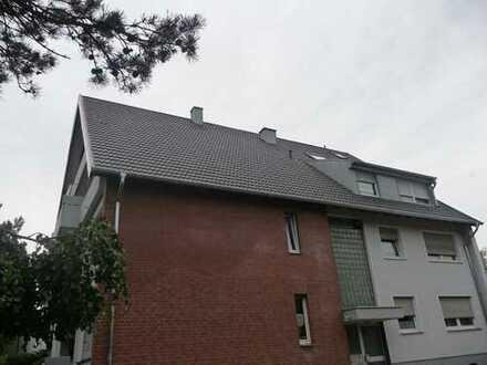 Staffelgeschosswohnung in ruhigem 6 Parteienhaus