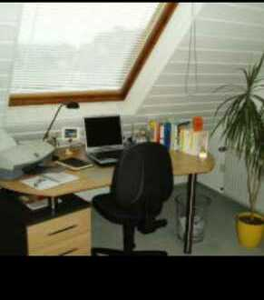 Gepflegte 1-Zimmer-DG-Wohnung mit Einbauküche in Dortmund-Kurl
