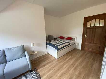 Möblierte, stilvolle, sanierte 1,5-Zimmer-Wohnung mit EBK in Bochum