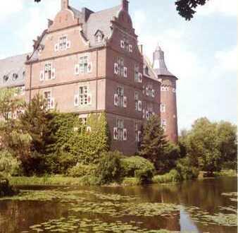 Zauberhafte 95qm Wohnung im Schloss Bedburg