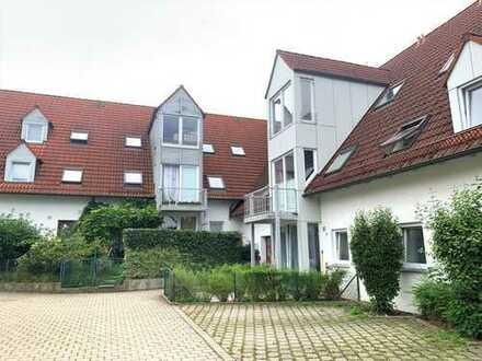 Helle 1 ZKB Dachgeschosswohnung in der Nähe von Gersthofen zu vermieten!