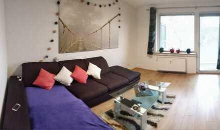 Sanierte 2-Zimmer Küche/Diele/Bad mit Balkon incl. Einbauküche in Grengel, Köln