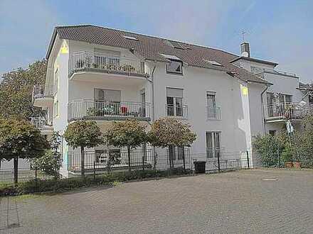 Wunderschöne 3 Zimmerwohnung auf zwei Ebenen mit Balkon!!