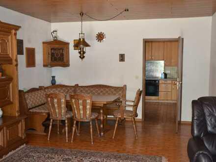 2 Zimmer mit Balkon in WG in Einfamilienhaus zu vermieten