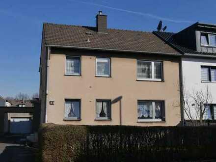 Renovierungsbedürftiges 2-Familienhaus mit großem Grundstück in Pulheim-City