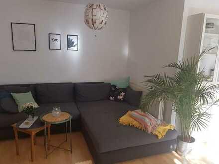 Gepflegte Wohnung mit zwei Zimmern sowie Balkon und Einbauküche in Kirchheim/Teck