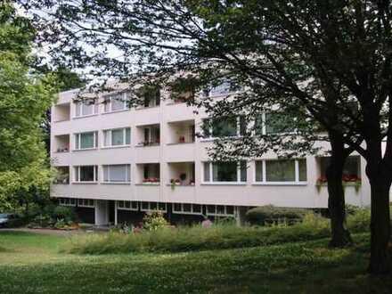 Sanierte 3-Zimmer-Wohnung mit Balkon und Einbauküche in Bonn