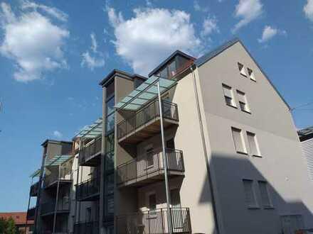 Nürnberg Lorenzer Altstadt: Erstbezug einer top 3-Zimmerwohnung nach Sanierung, EBK, Balkon, Aufzug