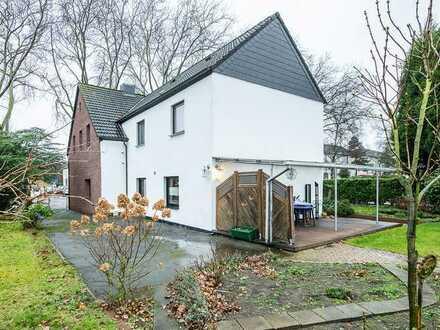 Familien(t)raum in Bottrop! Freistehendes Einfamilienhaus mit riesen Grundstück!