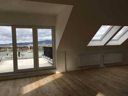 1.650 €, 150 m², 4 Zimmer Neubau-DG