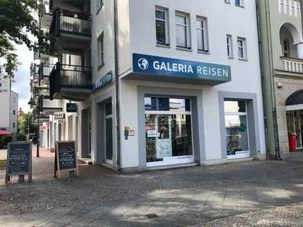 Schöne Ladenfläche am Kastanienhof in Zehlendorf