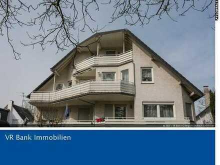 Refrath: Bezugsfreie Maisonettewohnung im Dachgeschoss