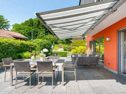 ALLES WAS DAS HERZ BEGEHRT! Luxus-Villa mit Seeblick auf prachtvollem Grundstück in Tutzing