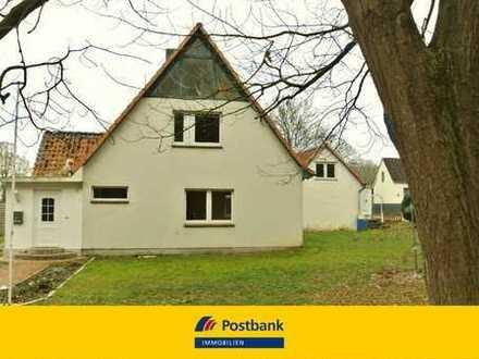 Familiendomizil mit massivem Gartenhaus in Ortsrandlage von Reinfeld