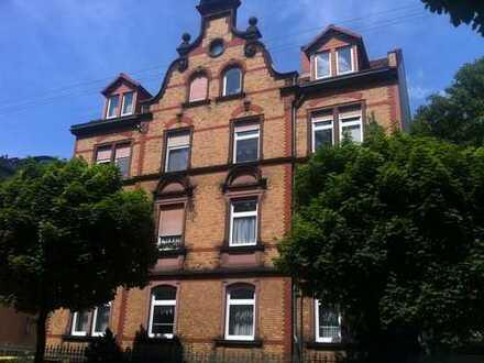 Großzügige 5-Zimmer-Hochparterre-Wohnung in denkmalgeschützem Haus in Toplage