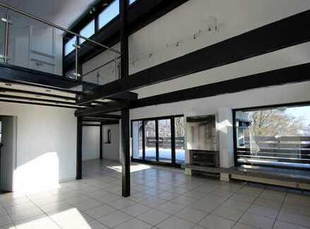 Interessantes Penthouse über 3 Ebenen mit großer Dachterrasse in ruhiger Lage
