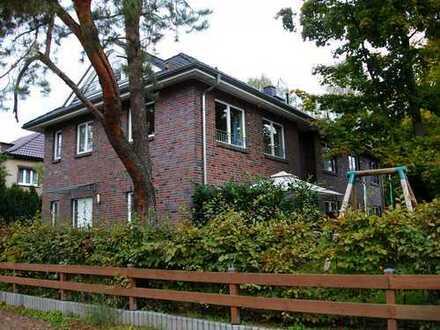 Schönes, geräumiges Haus mit vier Zimmern in Oberhavel (Kreis), Hohen Neuendorf